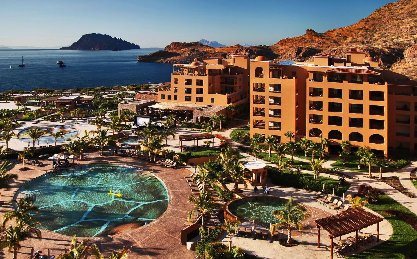 Vacations at Villa del Palmar Loreto Timeshare