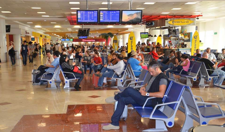 Arrivals and Departures at Cancun Airport
